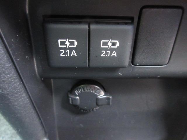 ZS 煌II フルセグ DVD再生 後席モニター バックカメラ 衝突被害軽減システム ETC ドラレコ 両側電動スライド LEDヘッドランプ ウオークスルー 乗車定員7人 3列シート ワンオーナー フルエアロ(19枚目)