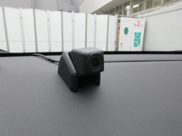 G モード ネロ フルセグ DVD再生 バックカメラ 衝突被害軽減システム ETC ドラレコ LEDヘッドランプ ワンオーナー フルエアロ 記録簿 アイドリングストップ(17枚目)