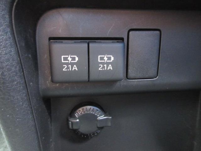 ハイブリッドZS 煌II フルセグ DVD再生 バックカメラ 衝突被害軽減システム ETC 両側電動スライド LEDヘッドランプ ウオークスルー 乗車定員7人 3列シート ワンオーナー フルエアロ 記録簿(18枚目)