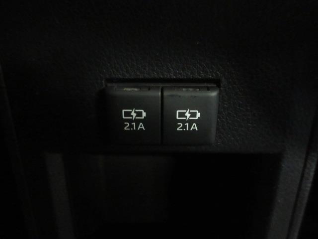 ハイブリッドZS 煌II フルセグ DVD再生 バックカメラ 衝突被害軽減システム ETC 両側電動スライド LEDヘッドランプ ウオークスルー 乗車定員7人 3列シート ワンオーナー フルエアロ 記録簿(19枚目)
