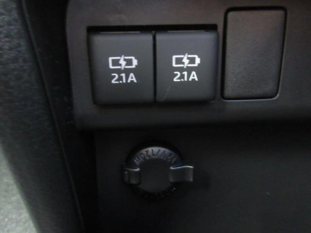 ZS 煌II フルセグ メモリーナビ DVD再生 ミュージックプレイヤー接続可 バックカメラ 衝突被害軽減システム ETC ドラレコ 両側電動スライド LEDヘッドランプ ウオークスルー 乗車定員7人 3列シート(10枚目)