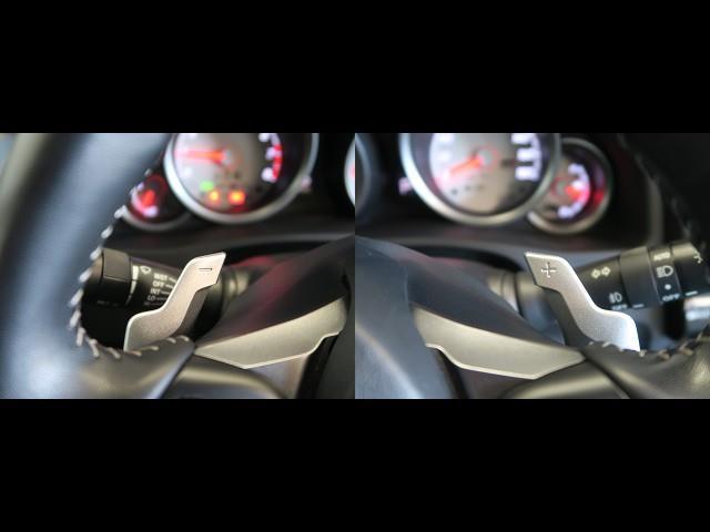 スポーツカーといえば、パドルシフトですね♪ マニュアルモードでハンドルを握ったままでシフトチェンジができます☆