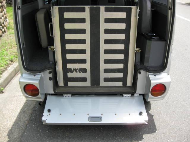 ハイルーフ 車いす スローパー 4WD(15枚目)