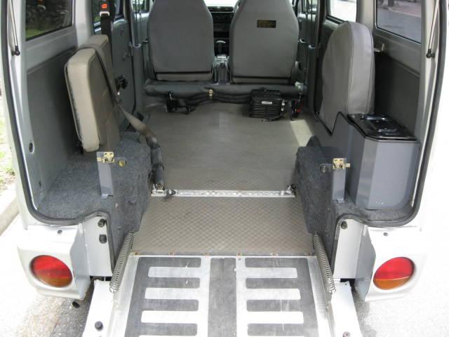 ハイルーフ 車いす スローパー 4WD(16枚目)