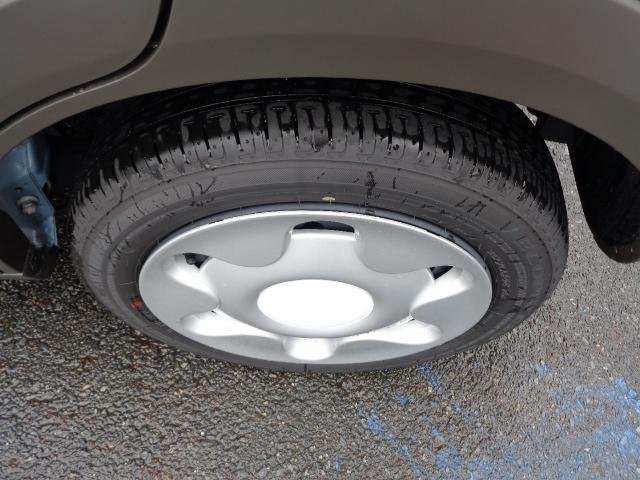 シガーソケットになります☆スマホやガラケーの車内充電するには欠かせない装備ですね♪