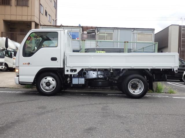 いすゞ エルフトラック 2t NOx・PM適合ディーゼル 10尺 平ボディ 5MT