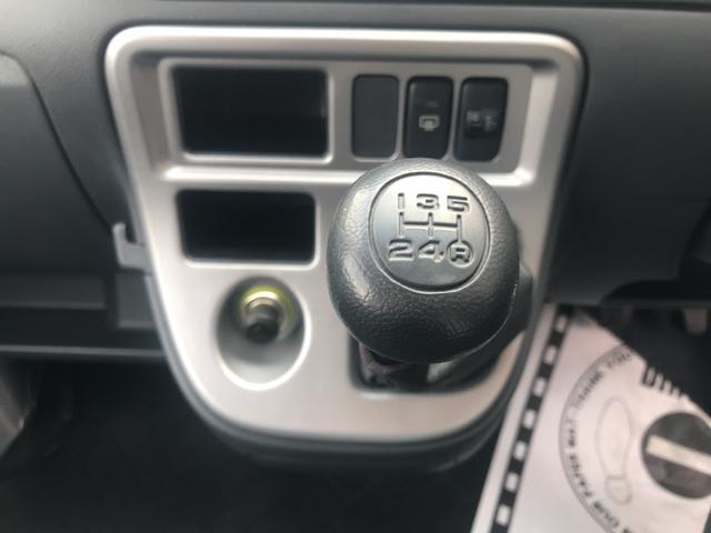 2WD、マニュアルミッション。