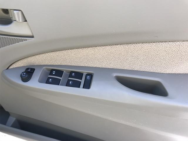 L 社外ナビ TV ETC キーレス ベンチシート フルフラットシート 盗難防止装置 衝突安全ボディ アイドリングストップ 運転席助手席エアバッグ ABS(52枚目)