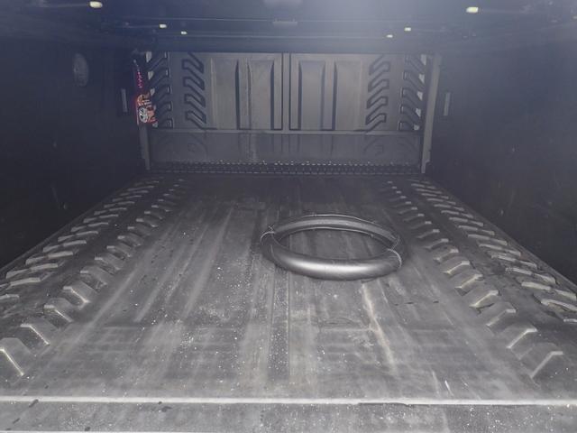 シボレー シボレー アバランチ LTZ 26AW HDDナビ地デジ ギブソンマフラー
