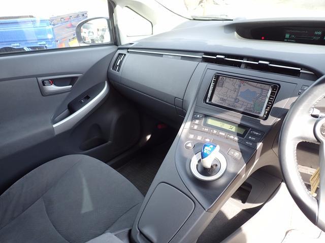 トヨタ プリウス Sツーリングセレクション 17AW バックモニター ETC