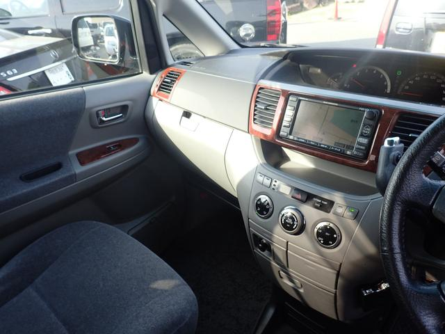 トヨタ ノア L 4WD Wサンルーフ ABS
