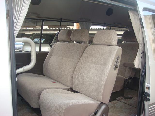 トヨタ ハイエースワゴン グランドキャビンG-p パワースライドドア Wエアバッグ