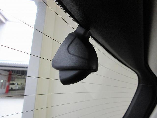 ハイブリッドアブソルート・EXホンダセンシング フルセグ メモリーナビ バックカメラ 衝突被害軽減システム ETC ドラレコ 両側電動スライド LEDヘッドランプ 乗車定員7人 3列シート ワンオーナー(8枚目)