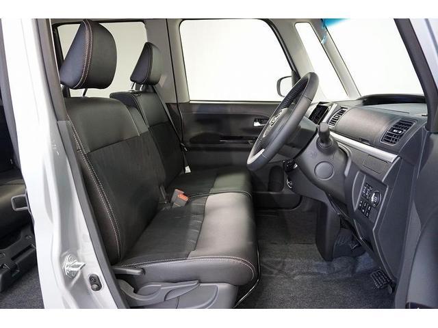 ベンチシートとインパネシフトを採用で、運転席側から降りづらいときも楽に助手席側へ移動して降りられます♪