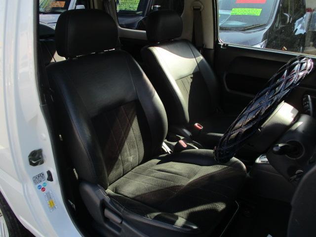 ランドベンチャー パートタイム4WD ターボ ワンセグポータブルナビ ETC 純正16インチアルミ ハーフレザー調シート 背面タイヤハードカバー キーレス フォグランプ(5枚目)