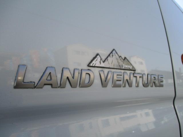 ランドベンチャー パートタイム4WD ターボ ワンセグポータブルナビ ETC 純正16インチアルミ ハーフレザー調シート 背面タイヤハードカバー キーレス フォグランプ(17枚目)
