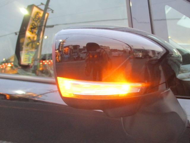 ハイブリッドFZ 全方位モニター フルセグメモリーナビ デュアルセンサー ブレーキサポート ヘッドアップディスプレイ 純正エアロ 14AW LEDヘッドライト、テールライト ドアミラーウインカー ステアリングリモコン(18枚目)