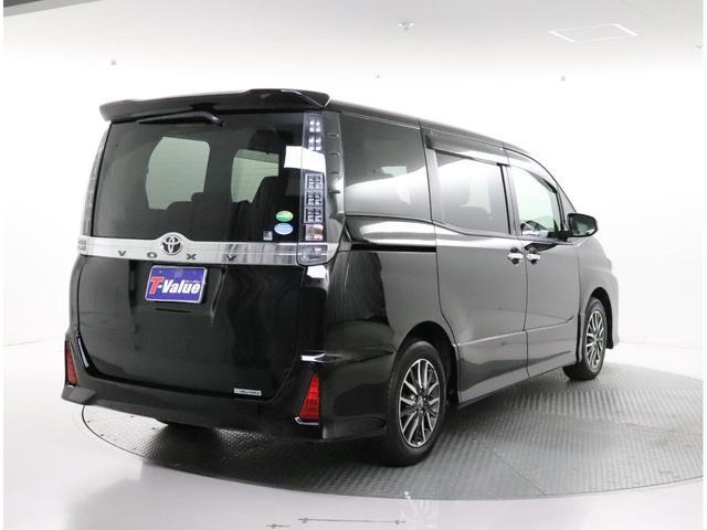 「トヨタ」「ヴォクシー」「ミニバン・ワンボックス」「大阪府」の中古車3