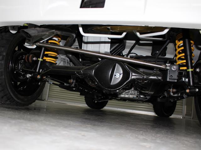 ライムオリジナルの強化サスペンション!約35mmアップ【キャンバーボルト】サスペンションで車高を上げた際、タイヤが路面接地面積の減少によるグリップの低下・ハンドルのぶれ・安定性の悪化を軽減してくれます