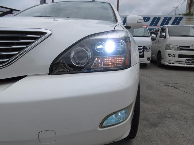 トヨタ ハリアー AIRS 黒革シート SR HDDナビ 22AW 3連ヘッド