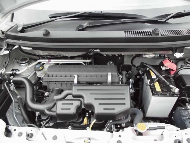 エンジンルーム内の写真です。もちろん故障箇所、要修理箇所などございません!納車までにもう1度しっかり点検いたしますので、安心してお乗りいただけると思います♪