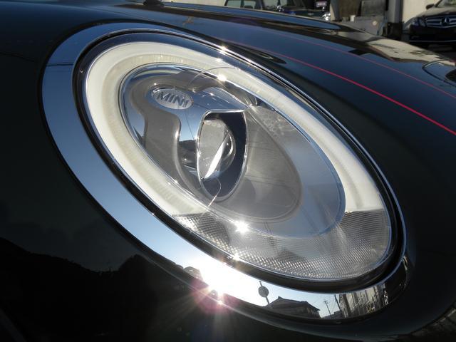 ジョンクーパーワークス コックピットクロノパッケージ カーボンミラー カーボンエアインテーク ボンネットストライプ LEDヘッドライト 純正HDDナビ バックカメラ 車検時記録簿 取説保証書 スペアキー 正規ディーラー車(14枚目)