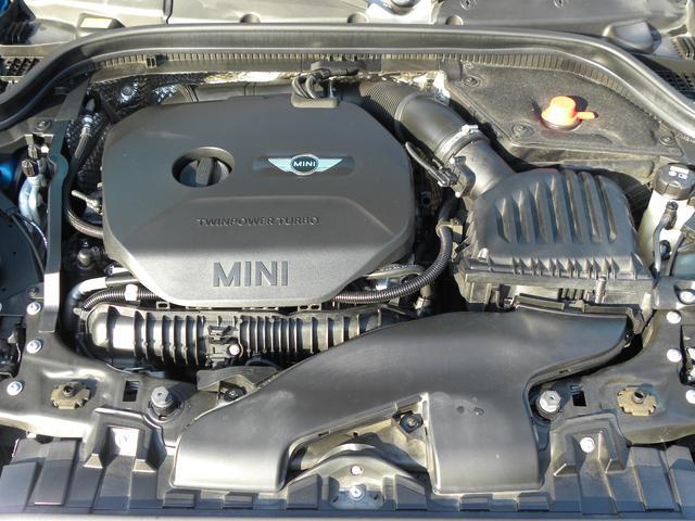 ジョンクーパーワークス LEDヘッドライト クルーズコントロール ヘッドアップディスプレイ パドルシフト ミラー内蔵ETC 純正HDDナビ 17インチアルミ 取説保証書 記録簿2枚 スペアキー 正規ディーラー車 安心保証(16枚目)