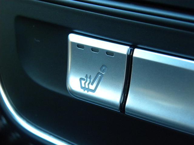A180 スポーツ 後期モデル レーダーセーフティパッケージ LEDヘッドライト 純正HDDナビゲーション 地デジフルセグTV バックカメラ スターターボタン ハーフレザーシート AMG18インチアルミ 取説保証書(4枚目)