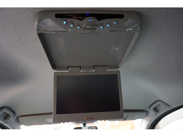 プラタナ Vセレクションホワイトインテリアパッケージ HDDフルセグ両パワ空気清浄後席モニター(24枚目)