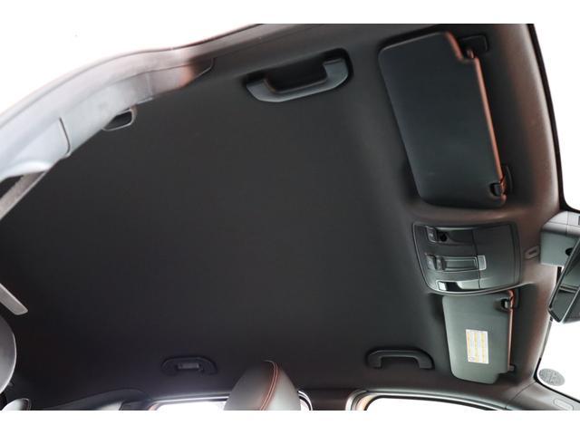 ・HDDナビ・フルセグTV・ETC・バックカメラ・前後ソナー・クルーズコントール・キセノンヘッドライト・LEDポジションライト・ハーフレザーパワーシート・革巻きハンドル・パドルS・18AW