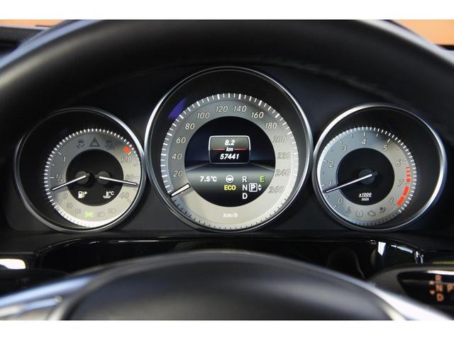 ・サンルーフ・HDDナビ・フルセグTV・ETC・Bカメラ・スマートキー・LEDライト・衝突軽減ブレーキ・クルコン・レーンキープ・ブラインドスポット・シートヒーター・Pリアゲート・AMG18AW