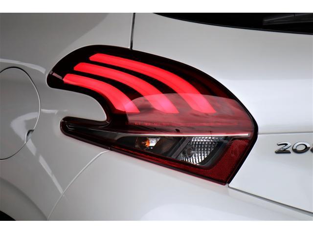 アリュール 新車保証付 ・AndroidAuto・AppleCarPlay・BT、USBオーディオ・ETC・Bカメラ・衝突軽減B・クルーズコントール・アイドルストップ・革巻きステアリング・Bソナー・16AW(12枚目)