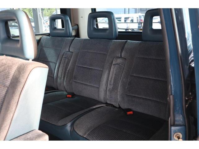 GL ・エンジンヘッド廻りOH済・社外サスペンション・サイドステップ・CD・ETC・バックカメラ内臓ルームミラー・ユピテルレーダー探知機(36枚目)