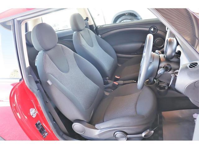 ワン 1年保証付・1オーナー・プッシュスタート・AUX・MINI BOOST CD・禁煙車・15インチホイール・電動格納ミラー・盗難防止装置(19枚目)