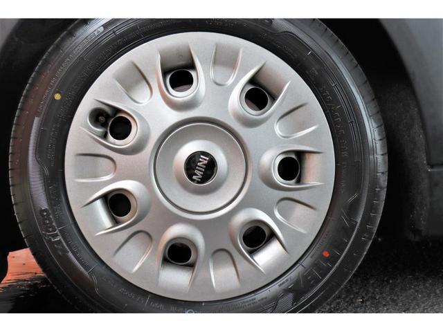 ワン 1年保証付・1オーナー・プッシュスタート・AUX・MINI BOOST CD・禁煙車・15インチホイール・電動格納ミラー・盗難防止装置(37枚目)