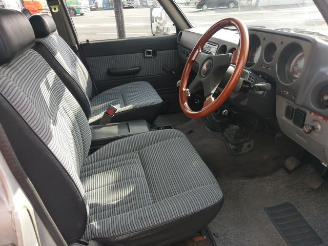 トヨタ ランドクルーザー60 STD