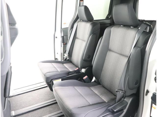 「トヨタ」「ヴォクシー」「ミニバン・ワンボックス」「大阪府」の中古車11