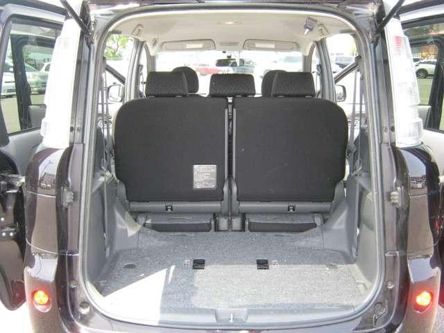 シートを格納すればさらに大容量のスペースが出現♪