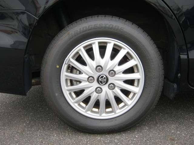 「純正アルミホイール」 純正15インチアルミホイール!各メーカー社外ホイールやスタッドレスタイヤの販売も承ります♪