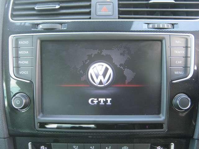 「カーナビ」 DiscoverProを搭載♪ドライブのお供に欠かせないカーナビ!丁寧な案内で、あなたを目的地までお連れします☆