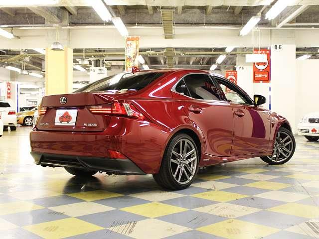 レクサス IS IS300h Fスポーツ S/R 赤革 BSM LEDヘッド