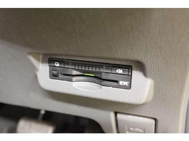トヨタ プリウスアルファ G フルセグナビ LEDヘッド スマートキー