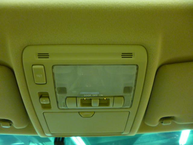トヨタ ハリアー 240G アルカンターラバージョン