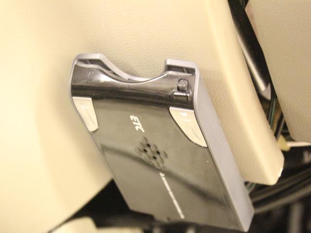 車いす移動車 後部電動固定 リアシート付(18枚目)