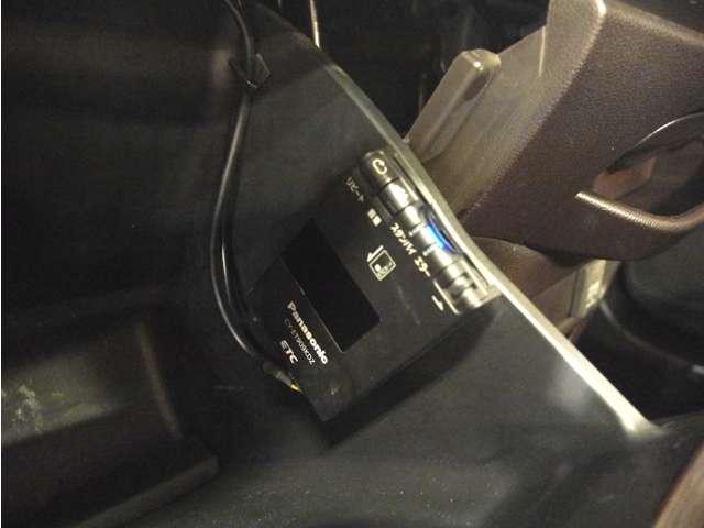 G・ターボパッケージ 衝突軽減ブレーキ/フルセグナビ・Bカメラ/HID/ETC/17インチアルミ/ローダウン(10枚目)