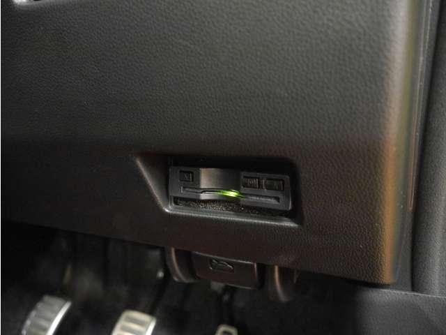 ベースグレード 6速MT/衝突軽減ブレーキ/レーダークルコン/フルセグナビ・Bカメラ/LEDライト/1オーナー/禁煙車(11枚目)
