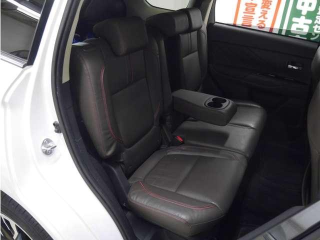 Gプレミアムパッケージ 4WD/衝突軽減ブレーキ/レーダークルコン/ロックフォード/本革/全周囲カメラ/フルセグナビ/パワーバックドア/LEDライト/コーナーセンサー(20枚目)