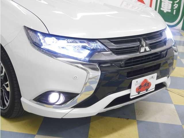 Gプレミアムパッケージ 4WD/衝突軽減ブレーキ/レーダークルコン/ロックフォード/本革/全周囲カメラ/フルセグナビ/パワーバックドア/LEDライト/コーナーセンサー(24枚目)