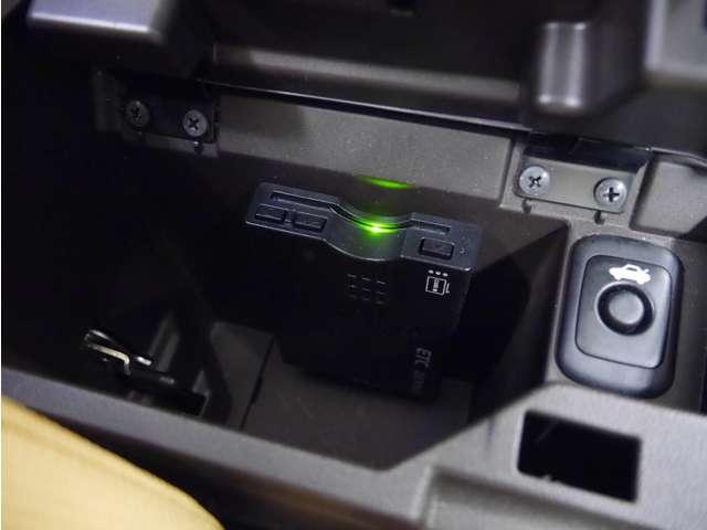 セロ ウェッズスポーツ16インチアルミ/5速MT/フルセグナビ/LEDライト/ETC/スマートキー/禁煙車/1年保証付き(9枚目)