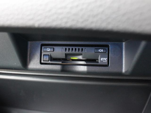 トヨタ ハリアーハイブリッド プログレス メタル アンド レザーパッケージ JBL ETC
